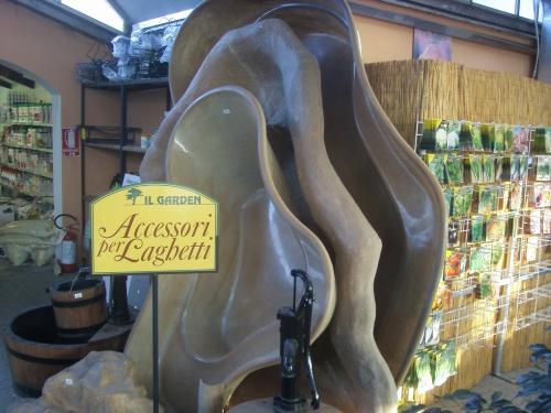 Il garden di savegnago ivano vivaio specializzato in for Vasche vetroresina per laghetti